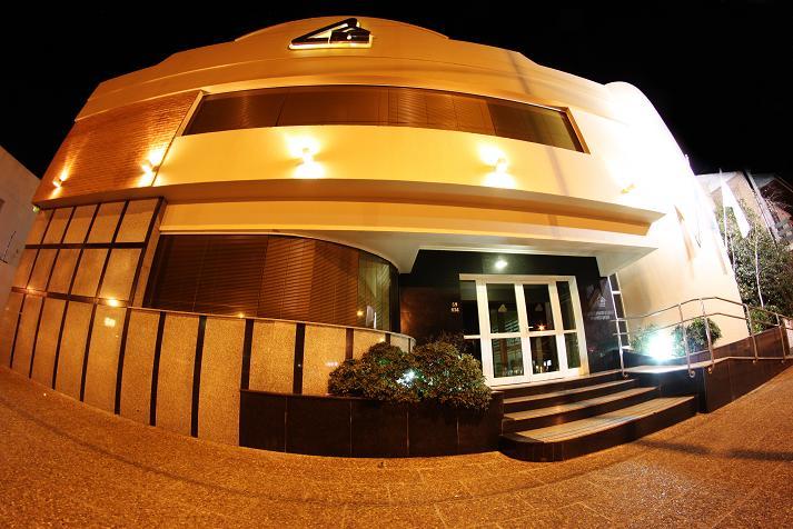 achada de la moderna sede del Centro de Acopiadores levantada en Necochea